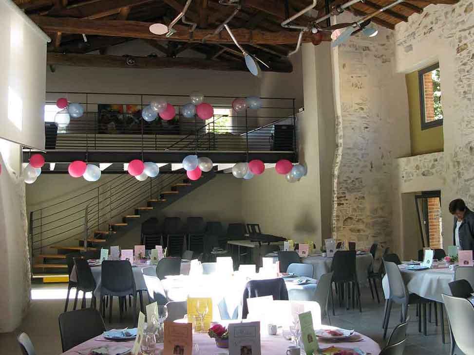 Salle pour mariage en vendée au Moulin de la Faubretière